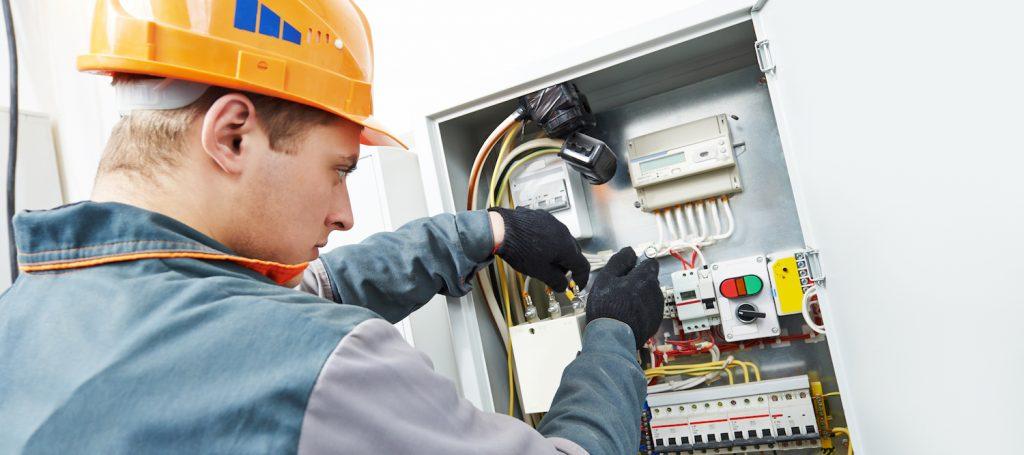 Eletricista na Cidade Tiradentes